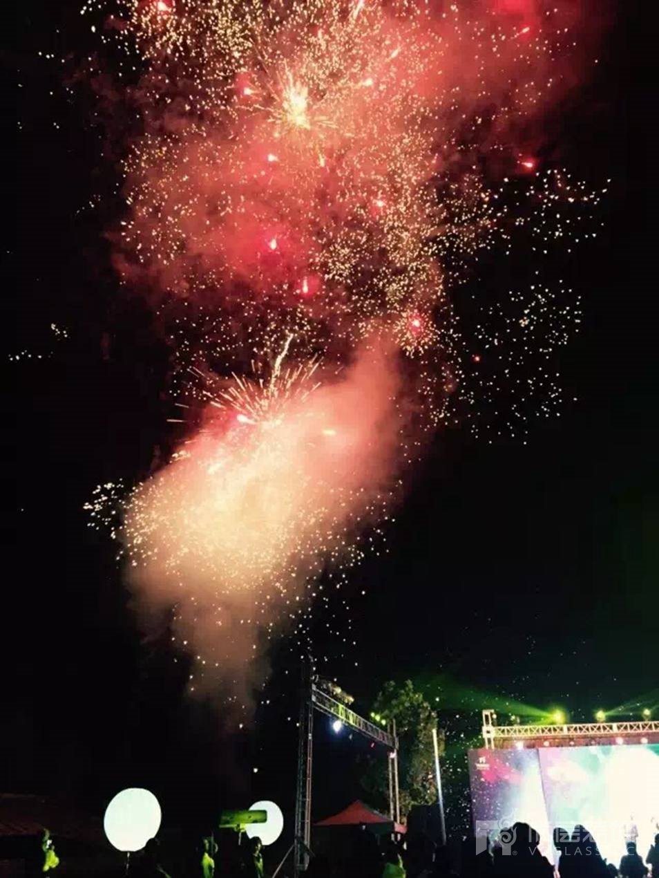 尚层装饰九周年司庆活动现场