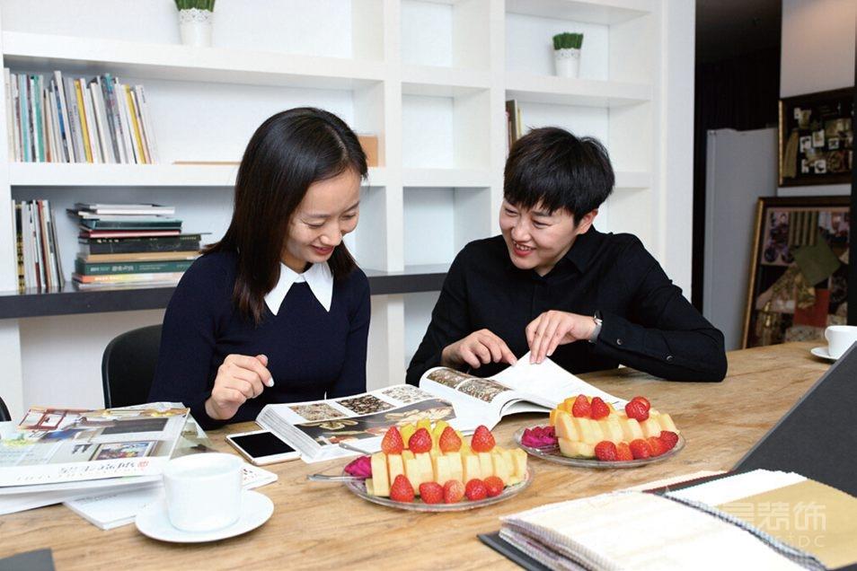 尚层装饰客户郝女士与事务所设计师张萍老师