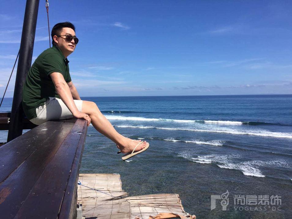 尚层装饰设计师梁杰在摩纳哥海港度假