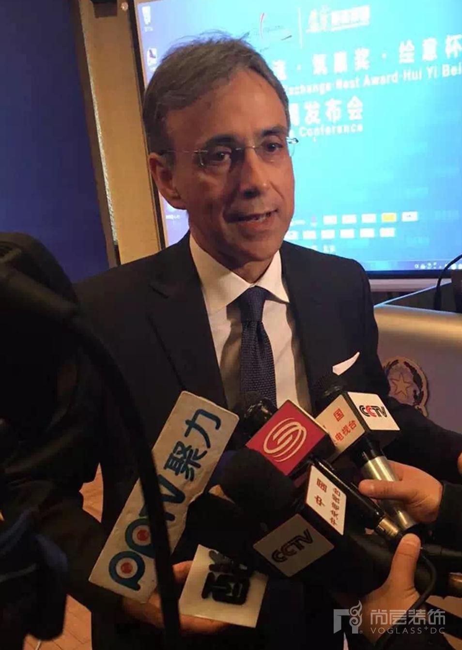 意大利驻华大使谢国谊接受媒体采访