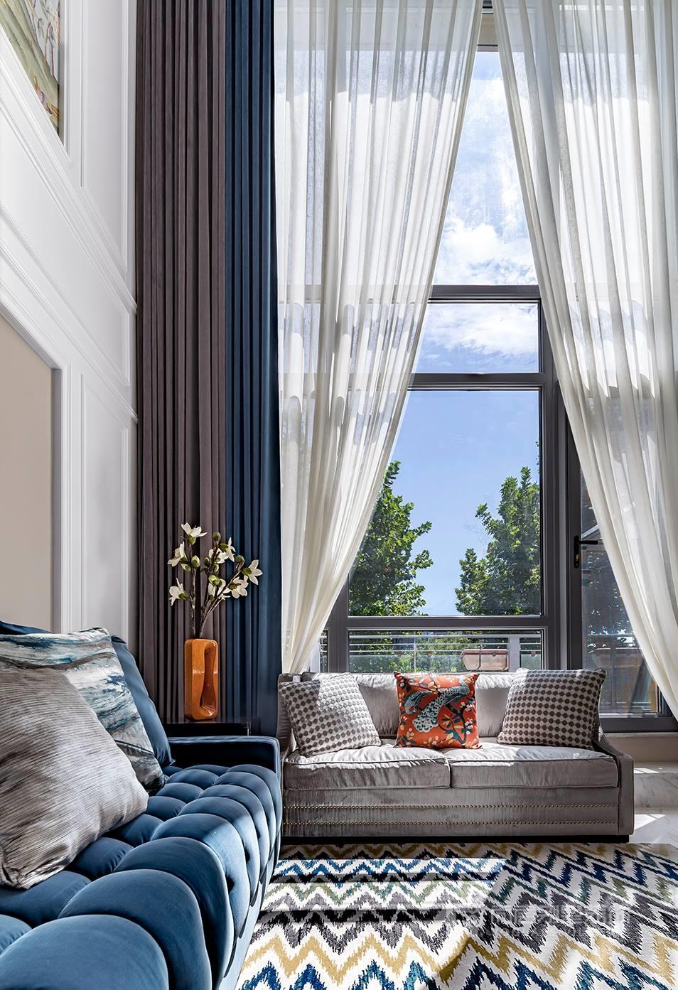 西山庭院美式风格客厅装修实景图