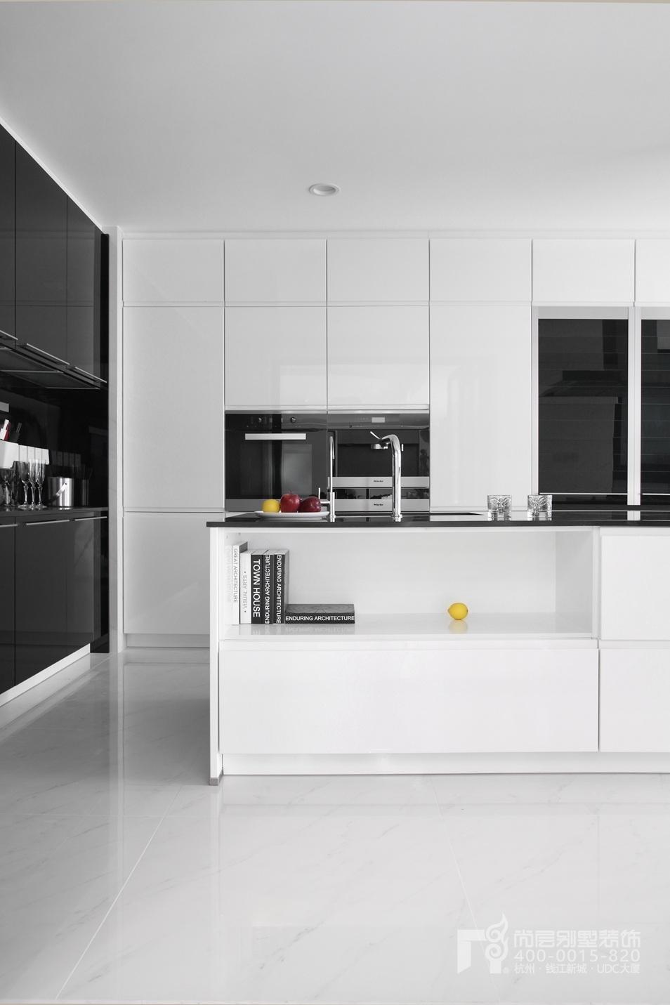 厨房黑白灰装修设计实景图