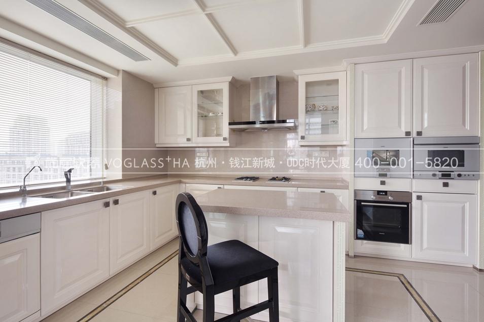 法式轻奢风格软装设计案例-厨房实景图-尚层软装