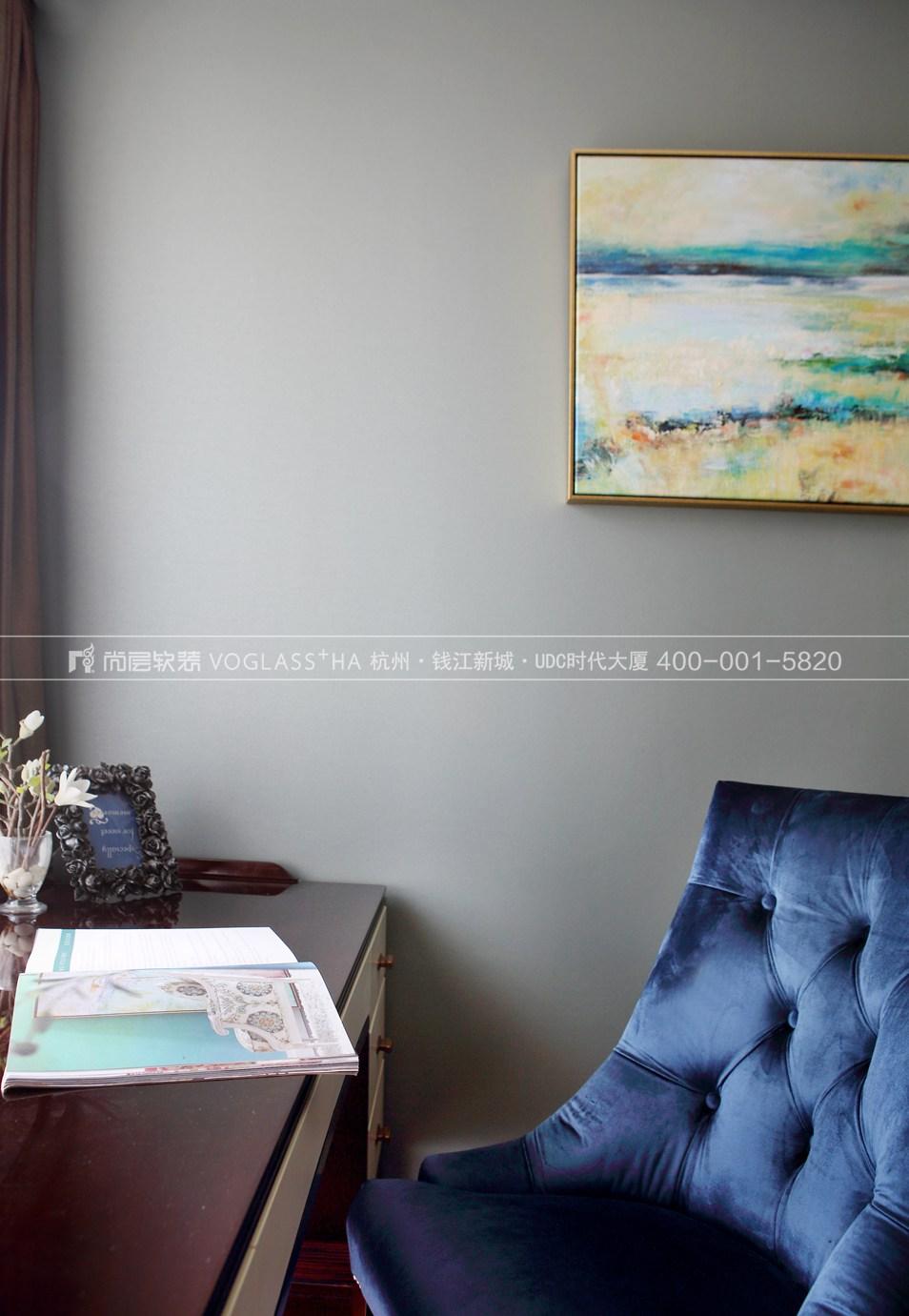 港式轻奢风格软装案例-卧室实景图-尚层软装