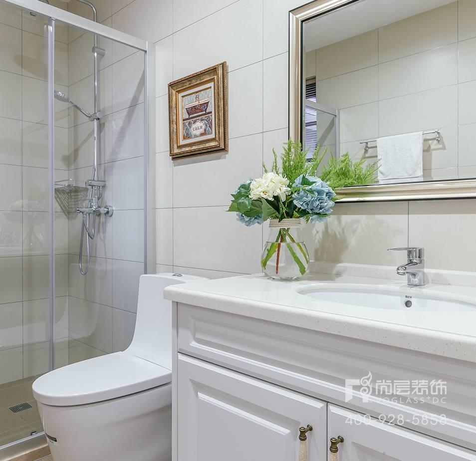 御江山现代美式风格卫浴间装修实景图
