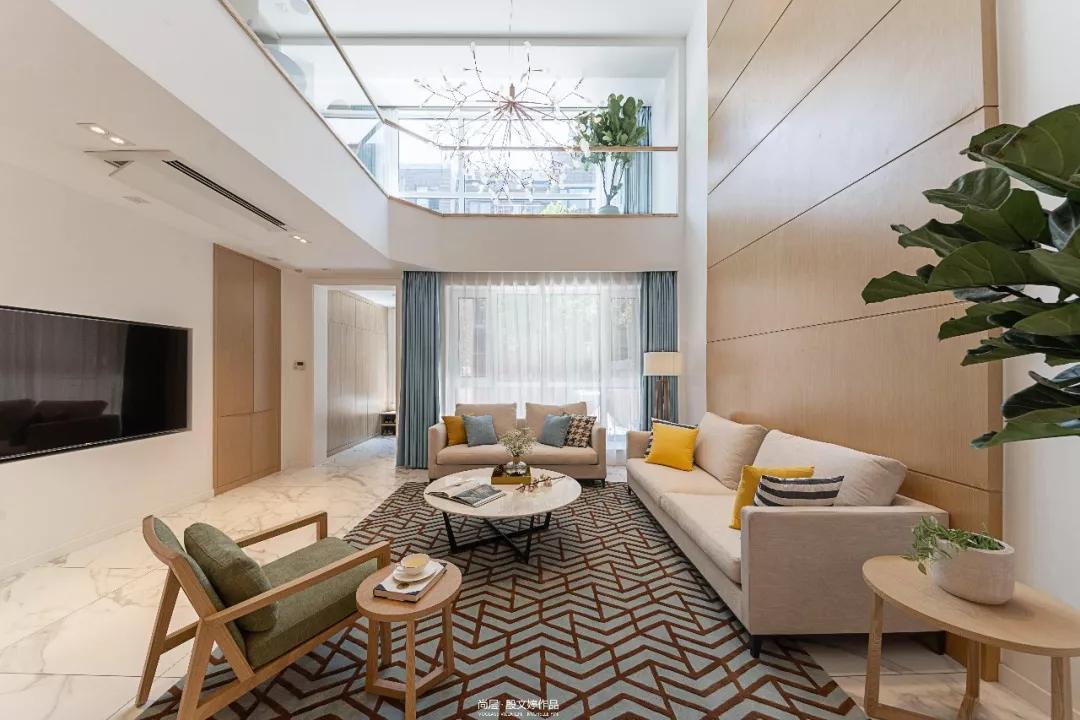 朗润园北欧风格客厅装修实景图