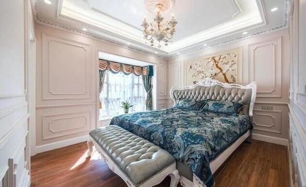 装修效果图 温馨高级       浅紫色沙发轻奢优雅,两层窗户采光一级棒.