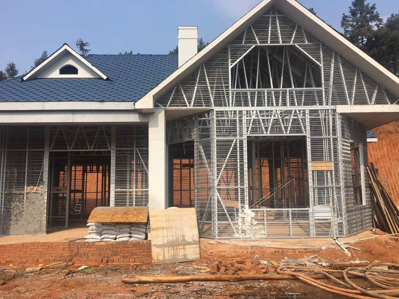 轻钢基础建造是在技术北美式样木结构演变别墅的别墅上建造房技术看图片