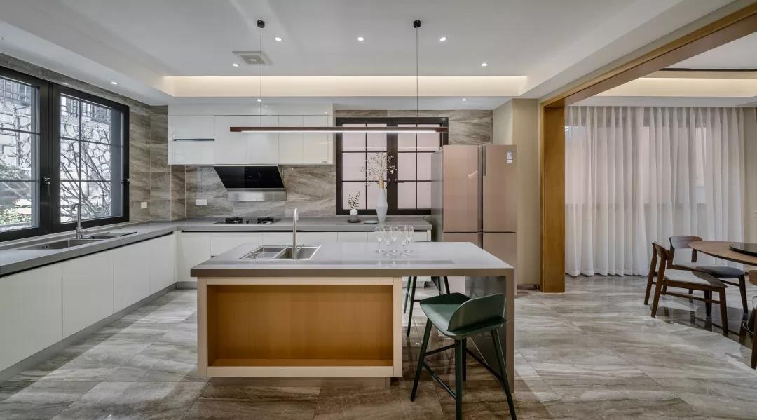 360平现代别墅装修效果图 整个空间都充满了端庄大气