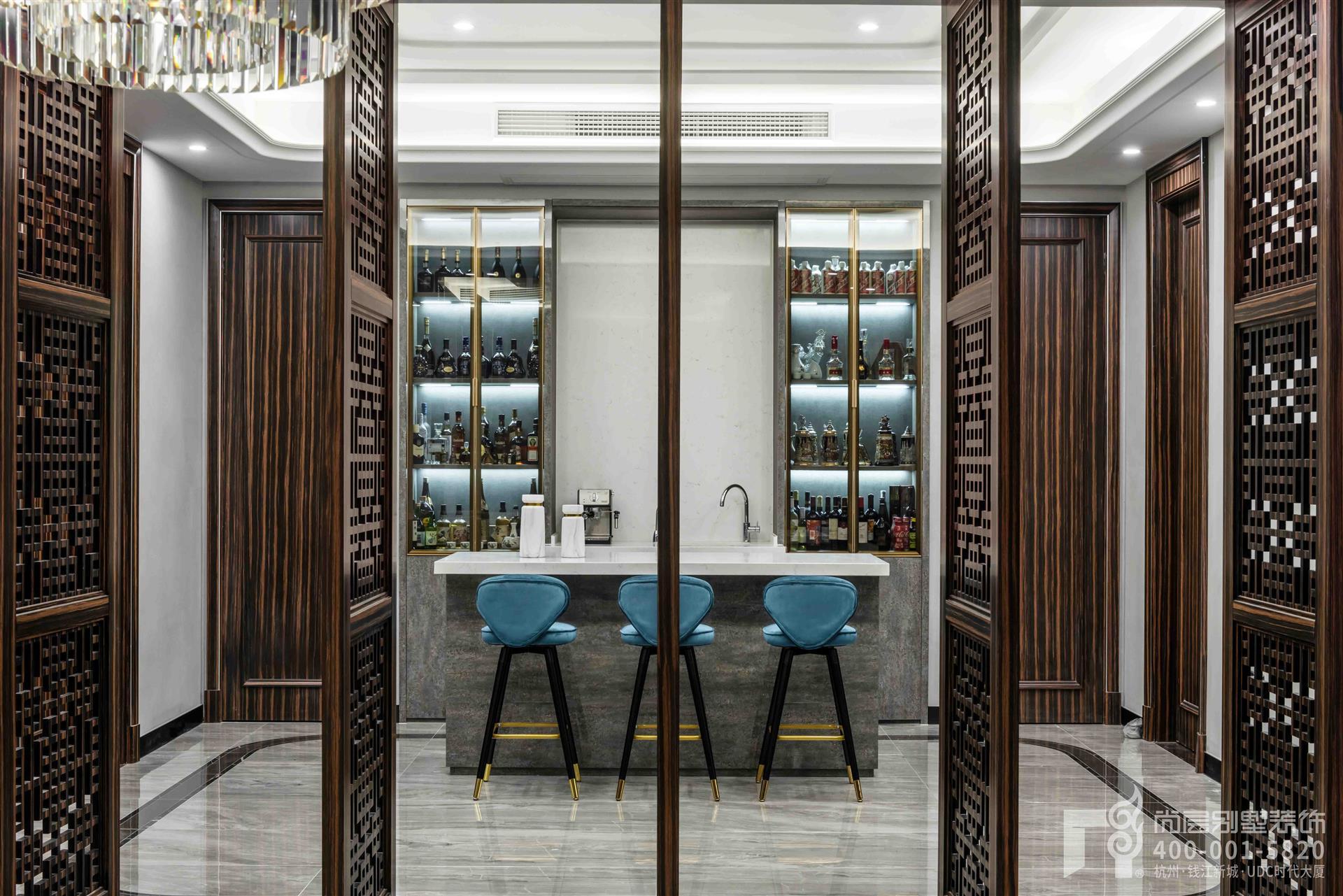 新中式酒柜布局风格